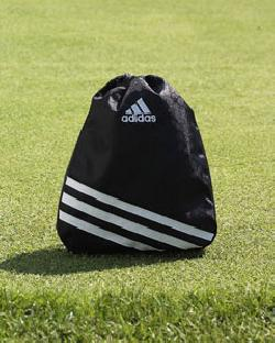 Adidas A29  University Valuables Pouch